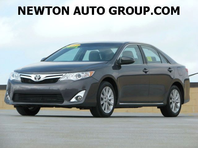 2013-Toyota-Camry-XLE-4T4BF1FK3DR289588-2072.jpeg