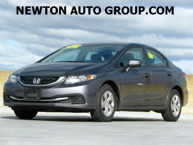 2015-Honda-Civic-LX-sedan-camera--Newton--MA--Boston--MA--19XFB2F50FE279453-6673.jpeg