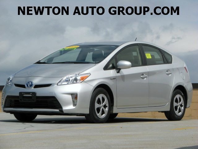 2014-Toyota-Prius-Three-Navigation-camera--Newton--MA--Bos-JTDKN3DU3E1773796-8166.jpeg
