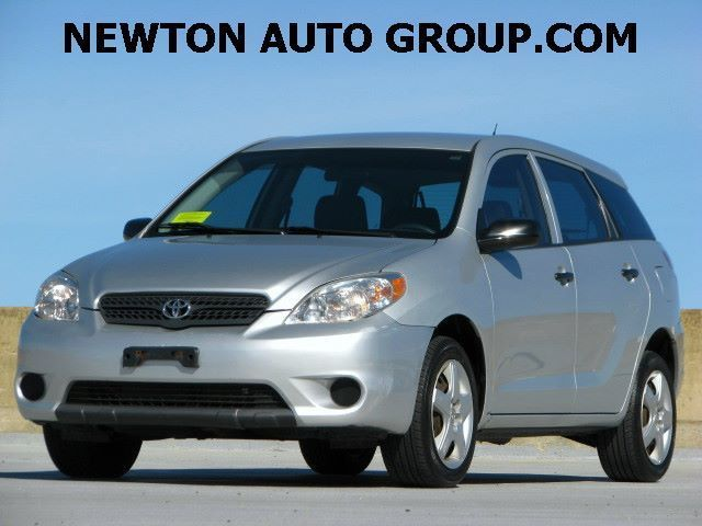 2006-Toyota-Matrix-AWD-HB-Newton--MA--Boston--MA-2T1LR32E76C556575-9996.jpeg