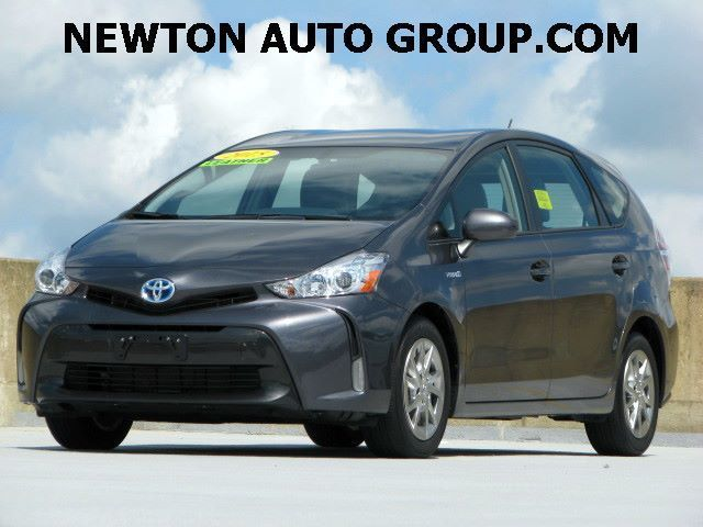 2015-Toyota-Prius-v-V-Four-IV-Navigation--leather-Boston--MA-JTDZN3EU7FJ028516-1528.jpeg
