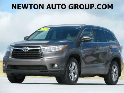 2015 Toyota Highlander XLE AWD leather, Navigation, Boston, MA.